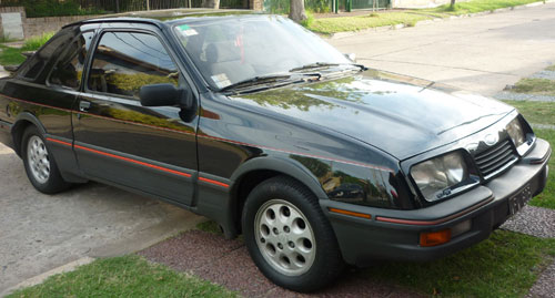 Car Ford Sierra Coupé XR4