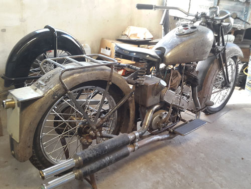 Motorcycle AJS 1000