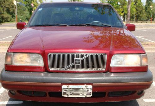 Car Volvo 850