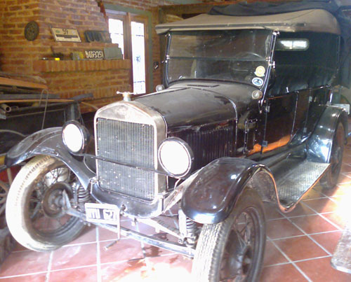 Car Ford T 1927