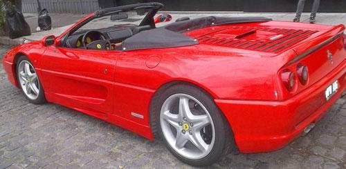 Car Ferrari Spyder 1995