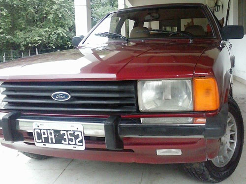 Car Ford Taunus Ghia 2.3 AT