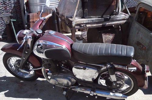 Moto Honda Dream 250