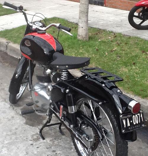 Motorcycle Gilera 150 SS