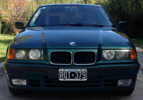 Car BMW 318 I