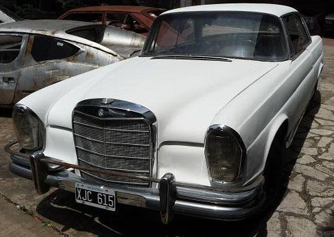 Mercedes benz vehículos del anunciante triumph tr3 mercedes benz