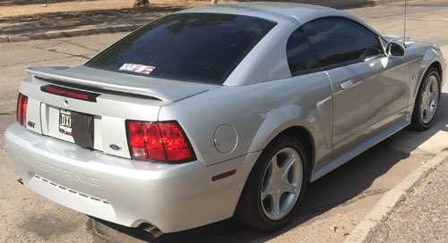 Auto Ford Mustang GT 4.6 V8