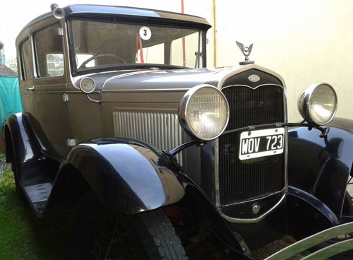 Car Ford A Tudor 1931
