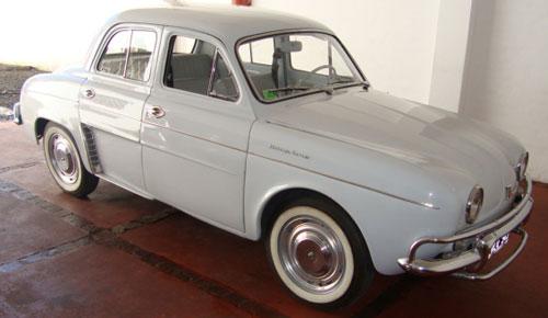 Car Renault Dauphine