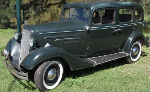 Car Chevrolet 1934