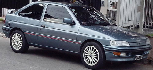 Car Ford Escort XR3 2.0i