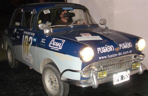 Car Isard 700