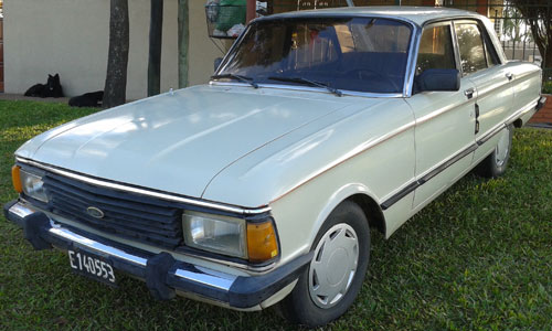 Car Ford Falcon 1984