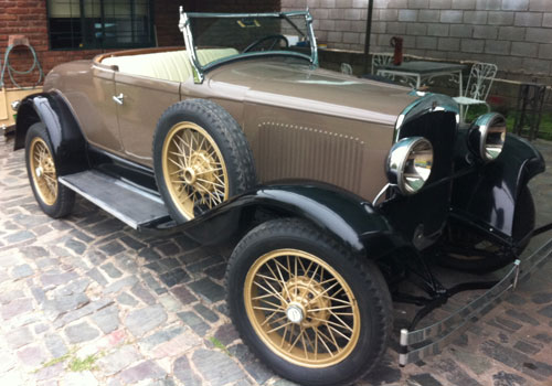 Auto Plymouth 1928
