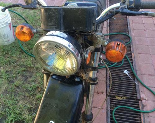 Motorcycle Tula 200