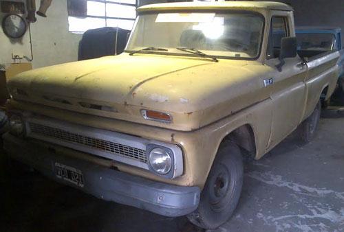 Auto Chevrolet C10 1965
