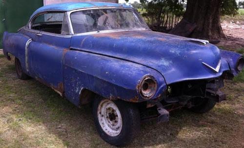Car Cadillac Coupé Deville