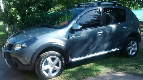 Car Renault Sandero Stepway