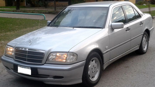 Car Mercedes Benz C220 CDI MT Classic