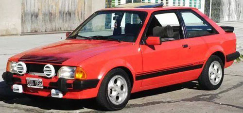 Auto Ford Escort XR3