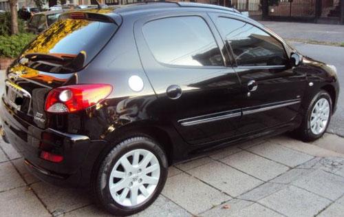 Car Peugeot 207 HDI