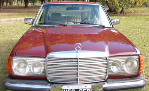 Car Mercedes Benz E 230 1981