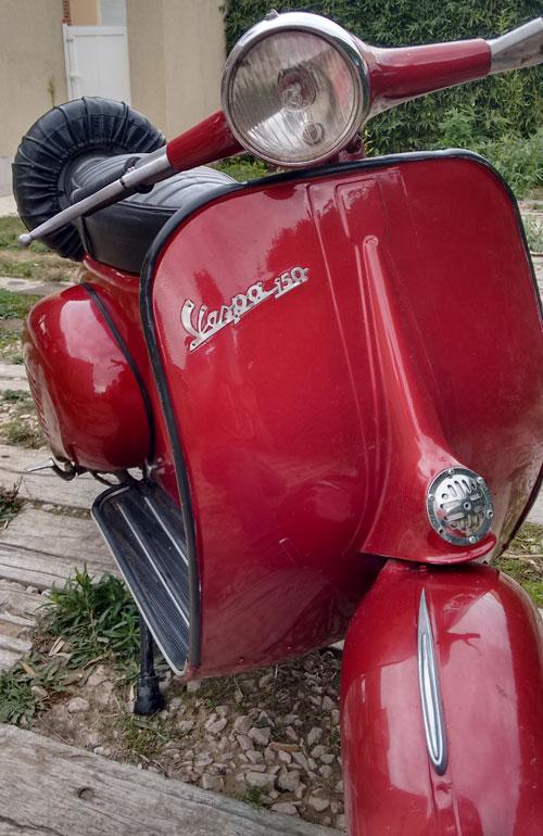 Motorcycle Vespa 150 1961 (VBB1)