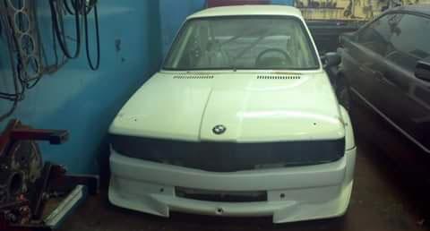 Car BMW 323 1981
