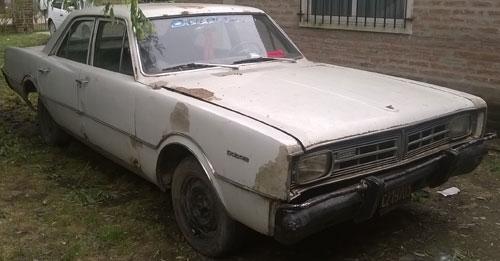 Car Dodge Polara