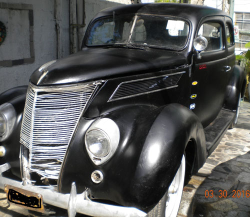 Car Ford Tudor 1937