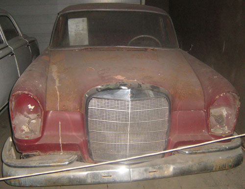 Car Mercedes Benz 220 1963