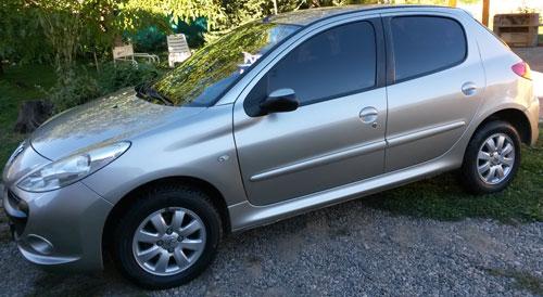 Car Peugeot 207 2010