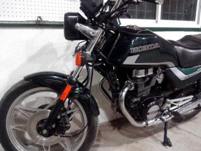 Car Honda CBX450