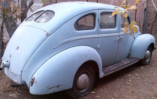 Car Ford 1939 De Luxe