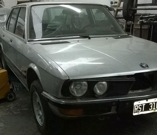 Car BMW 520 1988