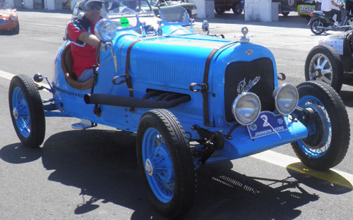 Auto Ford Baquet