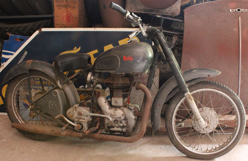 Motorcycle Royal Enfield 350