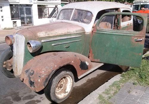 Car Chevrolet 1936