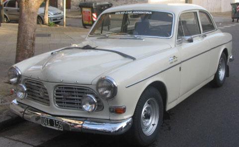 Car Volvo 122S