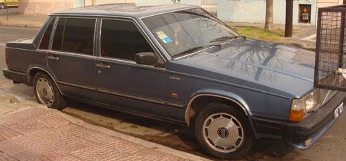 Car Volvo 760 Gtl 1985