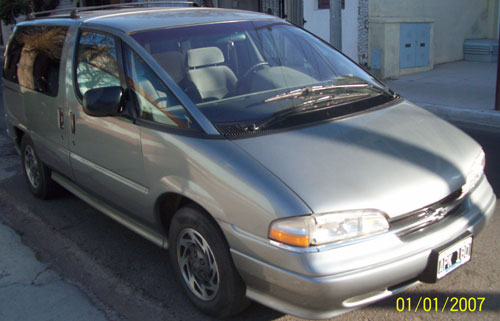 Car Chevrolet Lumina APV 3.8