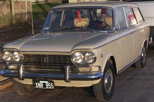 Car Fiat Rural 1500