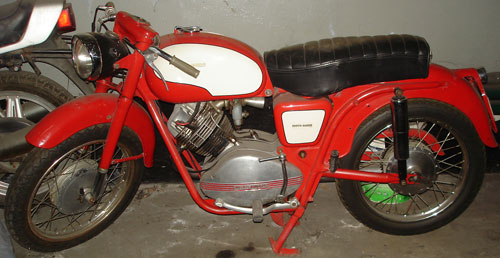 Motorcycle Guzzi Lodola