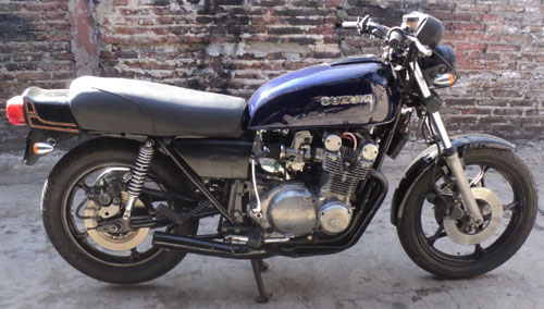Motorcycle Suzuki GS 750