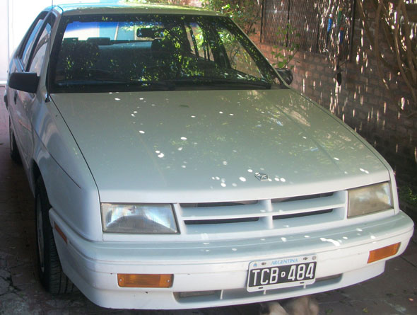 Auto Chrysler Shadow