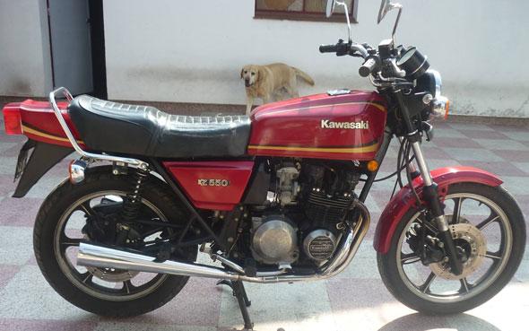 Moto Kawasaki 1981