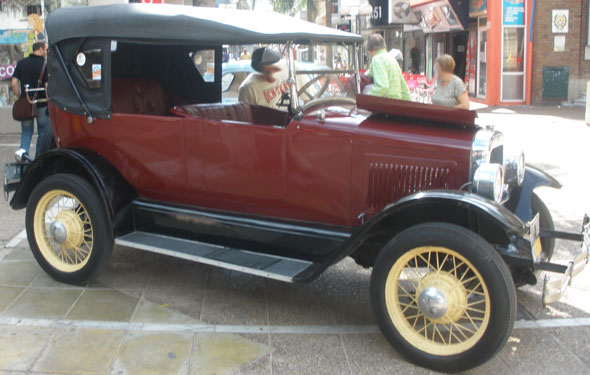 Car Willys Overland 1926