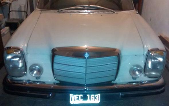 Car Mercedes Benz 250