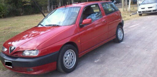 Auto Alfa Romeo 145