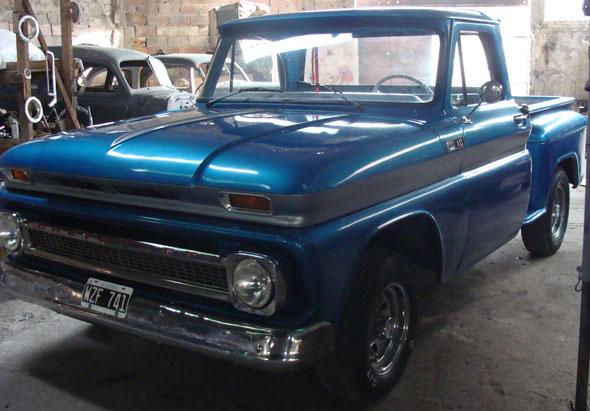 Auto Chevrolet 1965